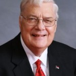 Anti-gay state senator dies